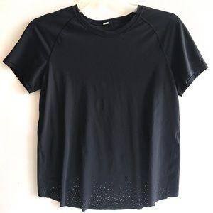 LULULEMON black laser cut Top shirt 6 fast free
